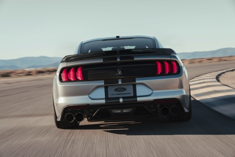 2020 Ford Mustang Shelby Gt500 Base Vs Track Pack We
